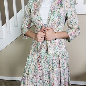 gorgeous french connection suit floral